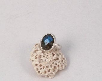 Sterling Silver Ring, Labradorite Ring, Statement Ring, Floral Band, Silver Band Ring, Labradorite Jewelry, Gemstone Ring, Silver Ring