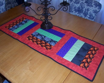 Halloween Machine Quilted Table Runner