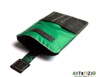 Mobile phone cover kitesurf pull-release tab-green