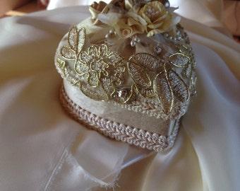 Heart shaped wedding ring box