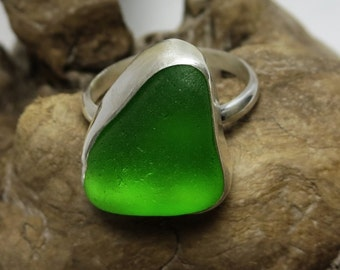 Emerald Green Sea Glass Ring - Size 7.5
