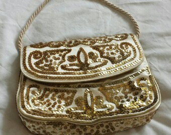 Vintage gold sequin evening bag.