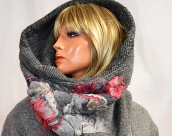 Neck warmer, tube scarf - Hand mede, natural wool - Decorated with natural silk + Australian merino wool - grey with light pink