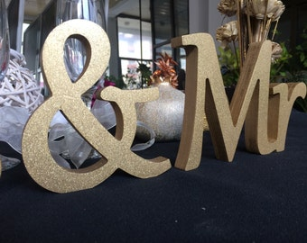 Mr & Mrs sign -Gold or Silver - Wedding decor  Mr and Mrs standing sign - Personalized Mr and Mrs Sign