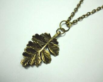 Fall Leaf Pendant, Antique Bronze Tone, Men's Necklace, Women's Necklace, Antique Bronze Tone Chain Necklace