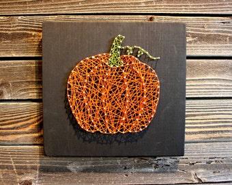 Pumpkin String Art, Pumpkin Decor, Halloween Decor, Fall Decor, Fall Decorations, Fall Wedding, Fall Signs, Halloween Signs