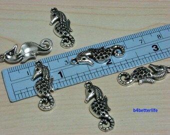 "lot of 24pcs Antique Silver Tone ""Seahorse"" Metal Charms. #SW1293."