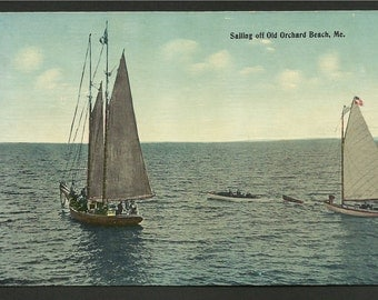 Vintage Postcard - Sailing Off of Old Orchard Beach, Maine   (1593)
