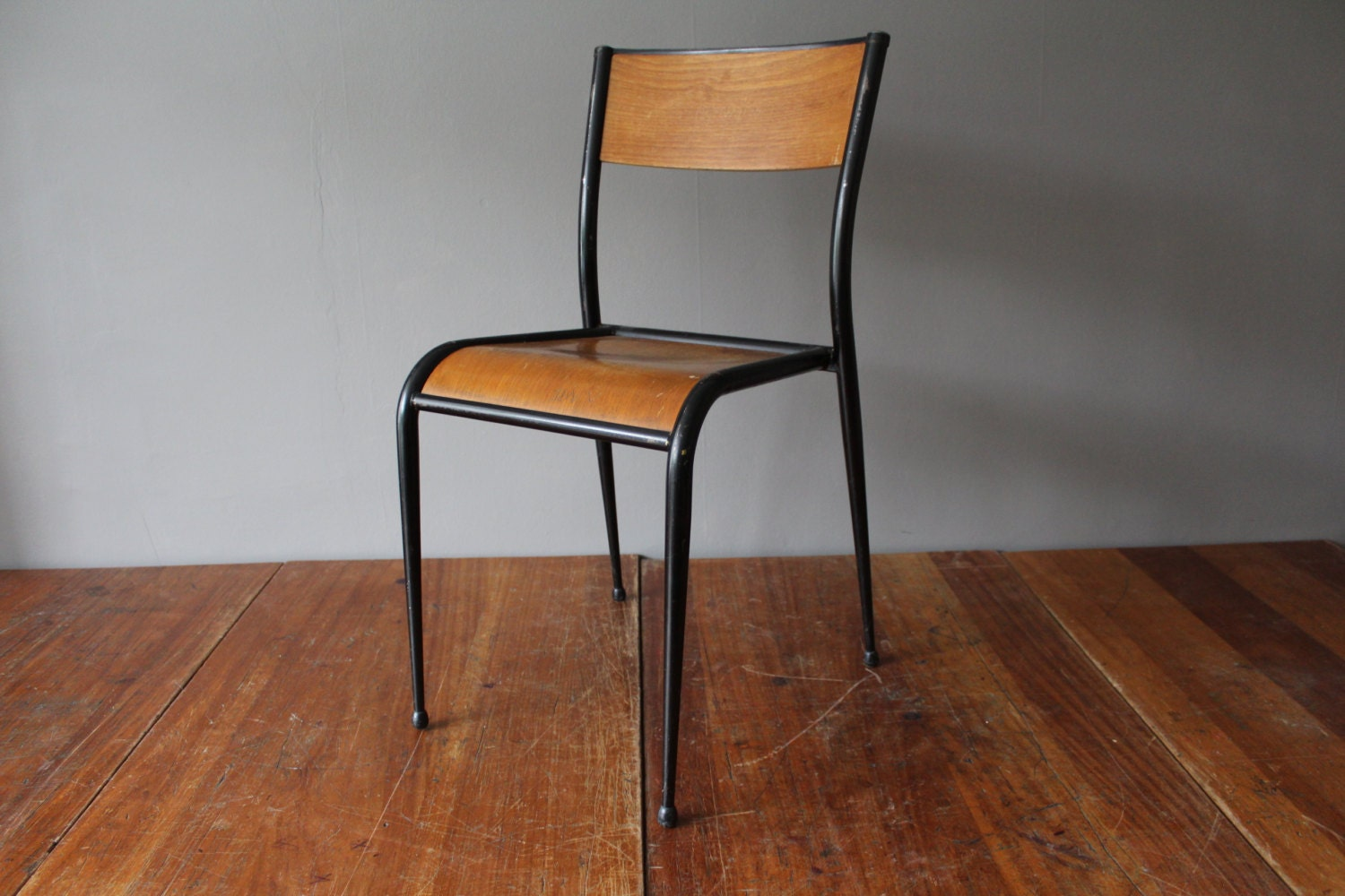 Vintage 1960s mullca model 511 french school chair haute for Chaise mullca 511