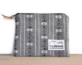 Edelweiss cotton zipper pouch grey / Swiss fabric zipper bag / make up bag / jewelry bag / Alpine chic bag / traditional swiss bag