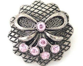 KB8745  Sweet Antiqued Silver Snap With Silver Bow and Pink Crystals
