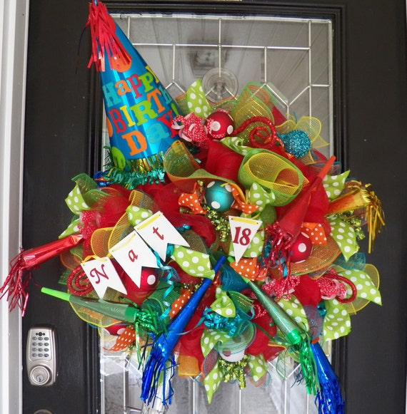 Happy birthday wreath birthday party by occasionsboutique for 3 wreath door decoration