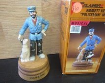 Emmett Kelly Jr. San Francisco Music Box Policeman plays Whistle While You Work