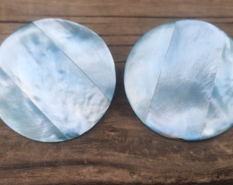 Lovely Vintage Blue Mother of Pearl like Round Clip on Earrings