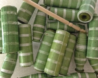 Paper Beads, Eyelets