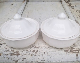 Set of Vintage Cream Glass Ramekins with Lids