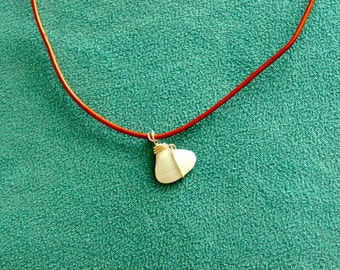 leather necklace with wire wrapped shell