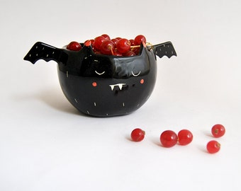 Halloween Special. Black Vampire Bowl, With His Little Wings. Decorated With Pink and White Details. Made To Order