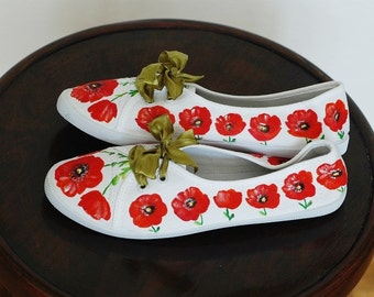 Hand-painted canvas shoes with poppies US size 7,5, UK size 5,5