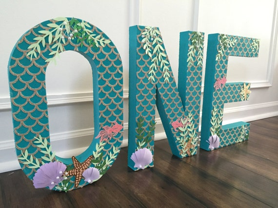 freestanding letter photoshoot prop paper mache letter With letter props