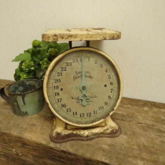 Antique Kitchen Scale: Vintage American Family Scale Antique Primitive Kitchen Scale