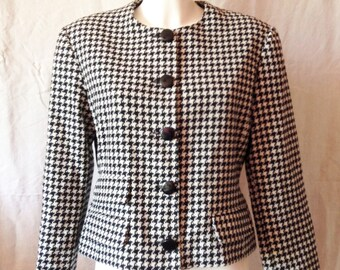 Jacket, black and white houndstooth, Alain Manoukian, size F 42, USA 32, UK 14.