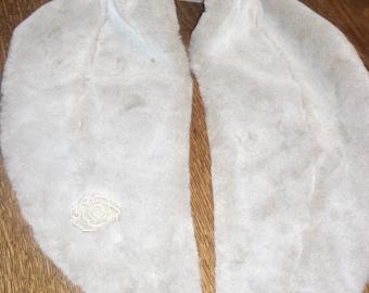 silver-grey faux fur stole