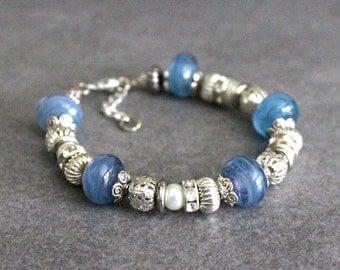 Blue Bead Bracelet, Blue Glass Bracelet, Blue Lampwork Glass Bracelet, Blue Bracelet, Blue Beaded Bracelet, Blue Glass Bracelet, Blue Bangle