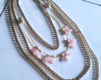 Chain of Flowers Necklace
