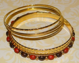 Vintage Bangle Bracelets Set of 5 Gold Tone Beaded Pattern