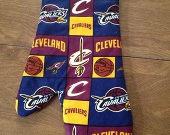 Cleveland Cavaliers Oven Mitt