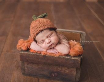 Newborn Pumpkin Hat, Natural Pumpkin Hat, Pumpkin Hat Photography Prop, Natural Fiber Pumpkin Beanie, Newborn Pumpkin Photography Prop
