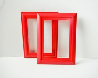 The Bold red, Picture frames, 5 x 7 frames, handpainted bright red, wedding frames, shabby chic, beachy frames, vintage charm