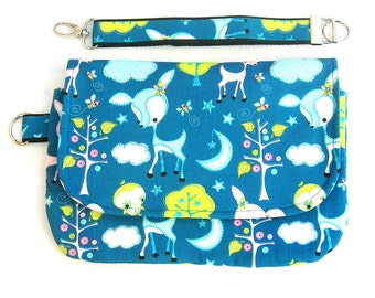 Small diaper bag. Baby wipes case. Nappy bag. Diapers pouch. Travel diaper purse. Diaper clutch. Diaper wallet.