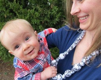 FREE SHIPPING! Fabric Teething Necklace, Nursing Necklace, Teething Necklace, Breastfeeding, Wood Beads, Teething Necklace, Mom Necklace