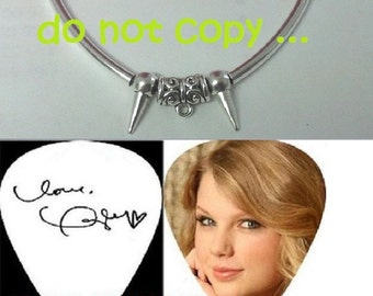 TAYLOR SWIFT  reprint signed guitar pick necklace ON sale