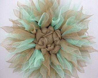 Flower wreath, Everyday wreath, Deco Wreath, Spring Wreath, Mint Flower