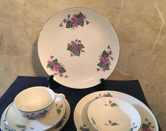 Homer Laughlin Rhythm China Forget-Me-Not Dish Set