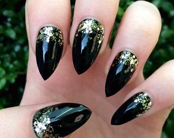 Fake nails, stiletto nails, black nails, press on nails