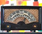 Bluetooth: 1940's Westinghouse Radio iPod/Android/Mp3 Speaker