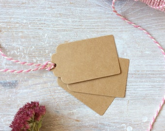 Small Scalloped Kraft Luggage Gift Tags