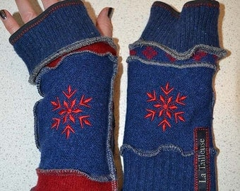 Katwise inspired lined Armwarmers / wristwarmer / fingerless gloves red-blue-grey