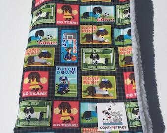 Dog Crate Blanket, Baby Blanket, Love my Dog, Sausage Dog, Doxie Bedding, Wheelchair Blanket, Pet Blanket, Toddler Nap Blanket, Couch Throw