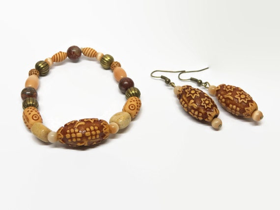 Boho Wood Bead Stretch Bracelet/Earring Set, Maroon and Cream Boho Stretch Bracelet,  Maroon Beaded Bracelet, Wood Bead Bracelet