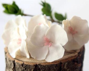 Bridal White Hair Pins, set of 6, White Hydrangea Hair Pins, Flower hair pin, Simple flowers, Rustic Hair flower, Bridal Hair Pins