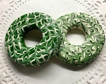Gourmet Dog Treats: Homemade St. Patrick Dog Donuts
