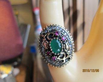 Gorgeous  Art Deco 1.50ctw Ruby & Emerald Two Tone 14KT Gold/925 Sterling Adjustable  Ring Sz 6-9, Wt. 9.8 Grams