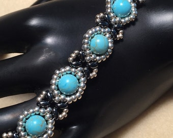 Turquoise and Silver Beaded Bracelet 1