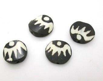 Carved Batik Bone Disc Bead, Tribal Black and White Bead, Kenya Bone Bead, 20-25mm, (4)