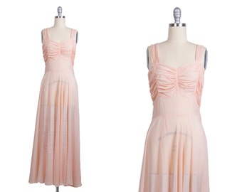 Vintage 1940s Nightgown // 40s Silk Chiffon Gown // Millenial Pink // Rockabilly Boudoir Lingerie // Bombshell Marilyn Monroe Nightie